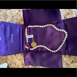 Fresh water pearls brand new with tag